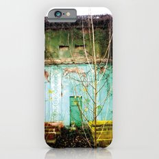 Nature finds the way inside... and outside... iPhone 6s Slim Case