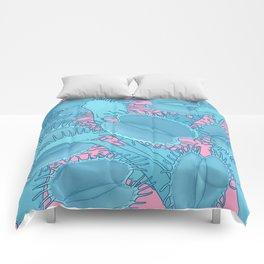 Free hugs (Venus Flytrap on pink) Comforters