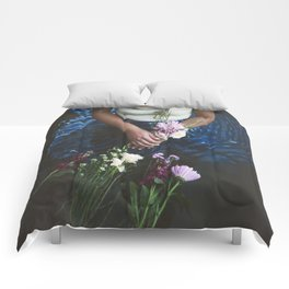 Streaming Waters Comforters