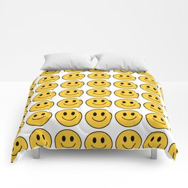 Smiley Face Pattern - White Background Variant Comforters