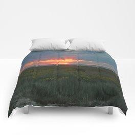 SUNDOWN AT CHINCOTEAGUE Comforters