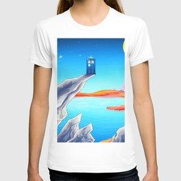 tardis space at starry night T-shirt