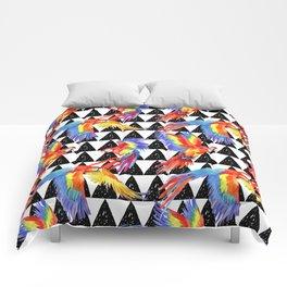 cute wild parrot Comforters