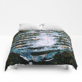 Full Harvest Moon Comforters