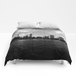 New York Skyline - Black & White Comforters