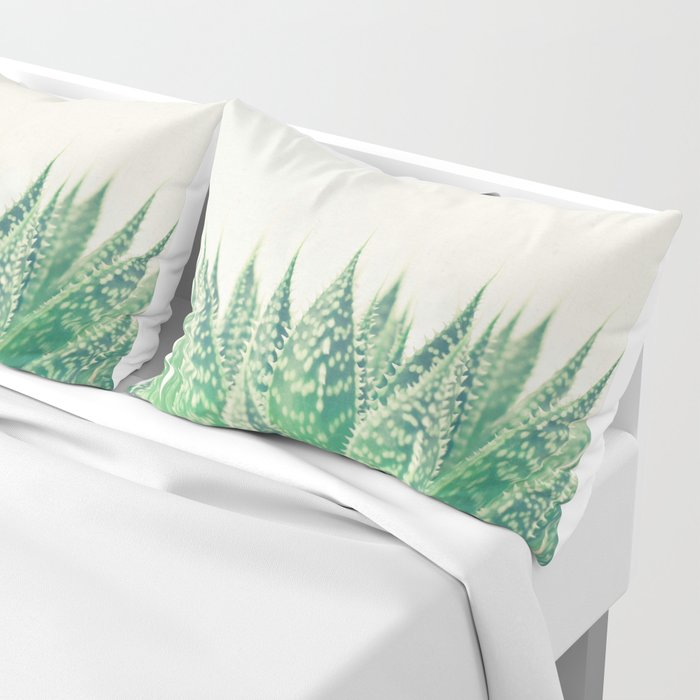 Lace Aloe Pillow Sham