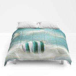 Minimal Christmas Comforters