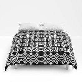 Arrows and Diamond Black and White Pattern 2 Comforters