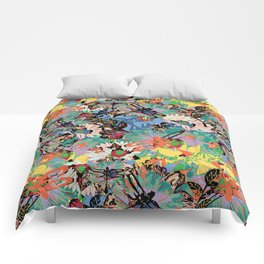 Flowers and dragonflys - colorful pattern in Pantone 2019 pallette Comforters