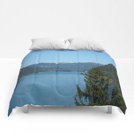 Achen Lake Comforters
