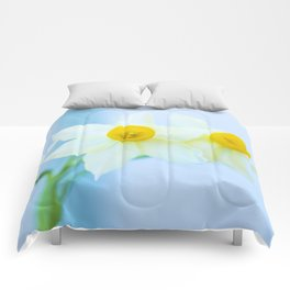 White and yellow narcissus Comforters