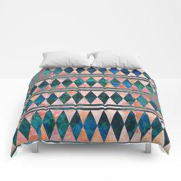 Decorative Multi-color Diamond Pattern Design Comforters