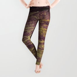 Classic Vintage Eggplant-Plum Faux Marble With Gold Veins Leggings