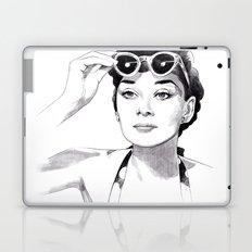 Audrey Hepburn - Summer girl Laptop & iPad Skin
