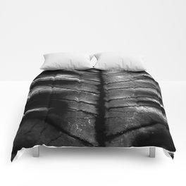 Dragon Spine (Black Version) Comforters