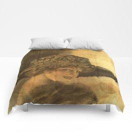 Golden victorian lady Comforters