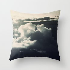 Face in the sky Throw Pillow