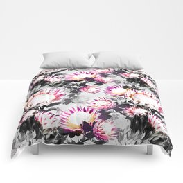 Floral pattern protea Comforters