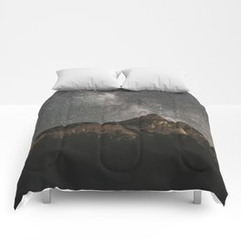 Milky Way Over Mountains - Landscape Photography Comforters