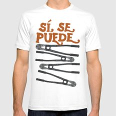 Sí se puede White MEDIUM Mens Fitted Tee