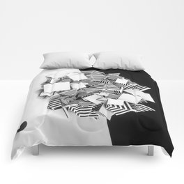 Abstract Pyramid 3D Illustration Comforters