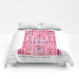 Hawa Mahal – Pink Palace of Jaipur, India Comforters
