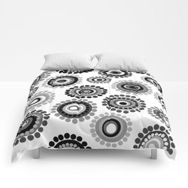 Black and white doodle floral background Comforters