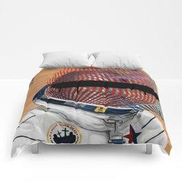 Spaceman No:2 Comforters