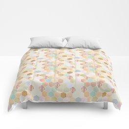 Honey Dripper Comforters