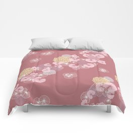 Floral Seamless Pattern on a Rusty Pink Background Comforters