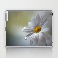 Daisy delight Laptop & iPad Skin