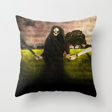 Death loves you Throw Pillow