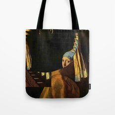 Der Perlenohrring ... Tote Bag