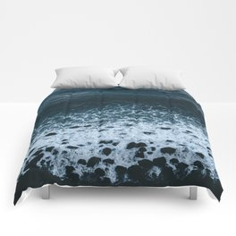 Iceland waves and shapes - Landscape Photography Comforters