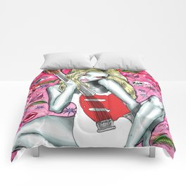 Drunken Playmate Wonderland Comforters