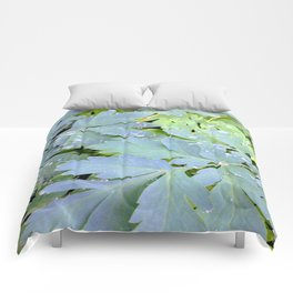 Dew Drops on Leaves Comforters