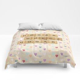 Hogar dulce Hogar (scrabble) Comforters