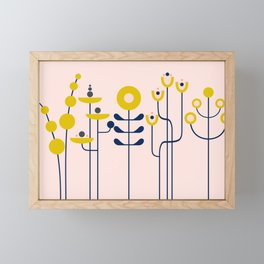 very graphis flower - rosé Framed Mini Art Print