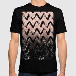 Modern faux rose gold glitter black marble chevron T-shirt