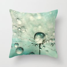 Single Dandy Starburst Throw Pillow