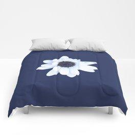 Sleepy African Daisy Flower Comforters