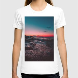 Pink ocean from sunset T-shirt