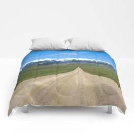 Old Country Road Comforters