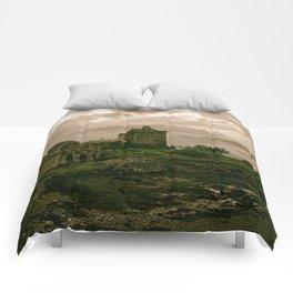 Eilean Donan Castle, Kyle of Lochalsh, Scotland Comforters