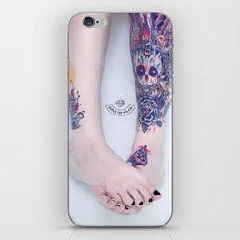 Girls of Milan #01 iPhone Skin