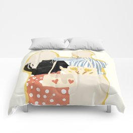 Fashion Friends Comforters