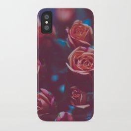 Botánico Oscuro iPhone Case