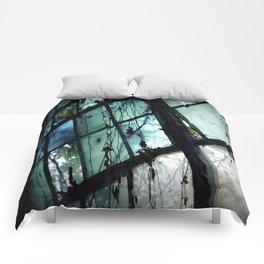 I Dream in Azure Comforters