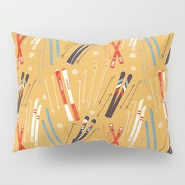 Bright Retro Skii Pattern Pillow Sham