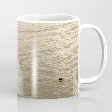 Schwan im Traunsee Mug